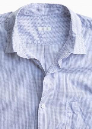 コモリの新たなシャツ