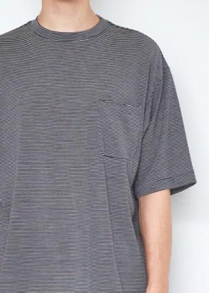 コモリの半袖ニット