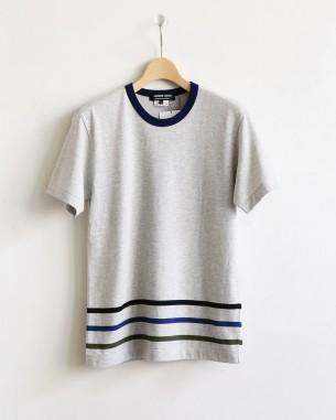 オムドゥのTシャツ