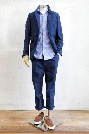 & wears Style