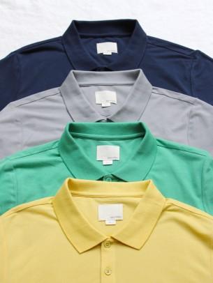 夏のポロシャツ